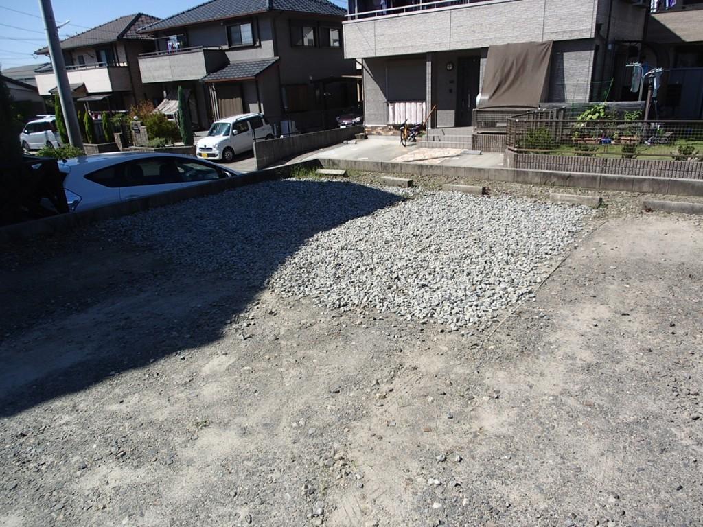 駐車場 砕石搬入